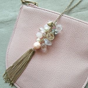 🌸3/$20! CR Clustered Tassel Charm Necklace